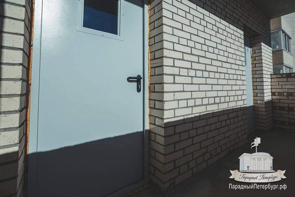 Установка противопожарных металлических дверей, ул. гаккелев.