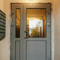 Установка дверей на переходных балконах, проспект косыгина, .